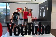 YouTubeLounge